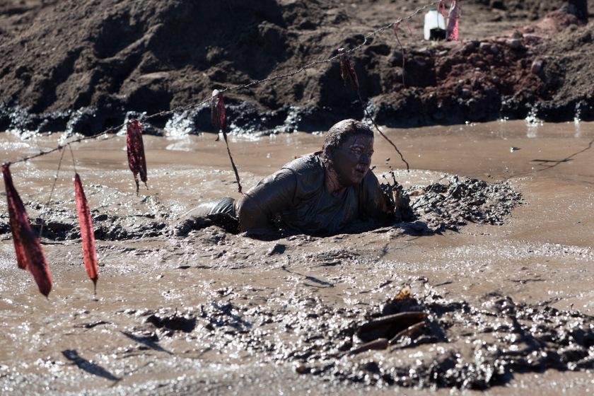 warrior-dash-mud-pit